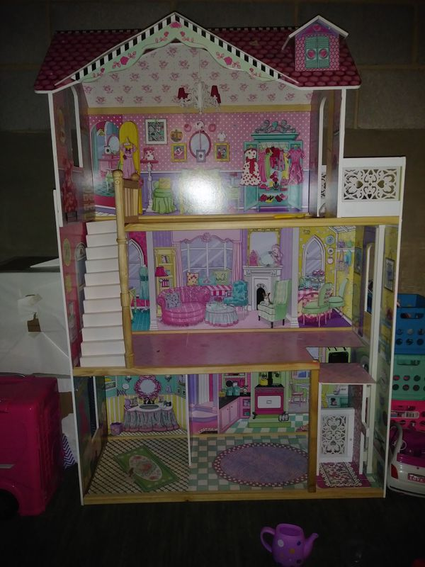 Barbie Doll House for Sale in West Easton, PA - OfferUp