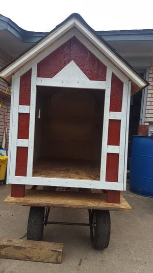 DOG HOUSE NEW SIZE 4FT LONG 3.5 HIGH 2.5 WIDE for Sale in Houston, TX