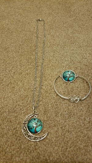 Necklace and bracelet for Sale in Manassas, VA