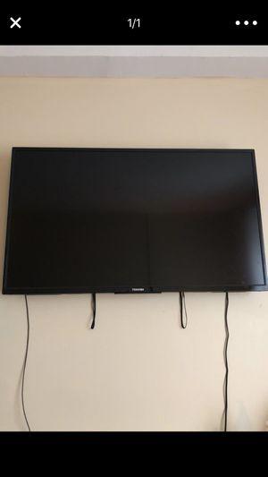 50' Toshiba Smart TV for Sale in Detroit, MI