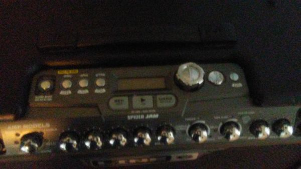 Line 6 Spider Jam 75W with pedal Board for Sale in Carpentersville, IL -  OfferUp