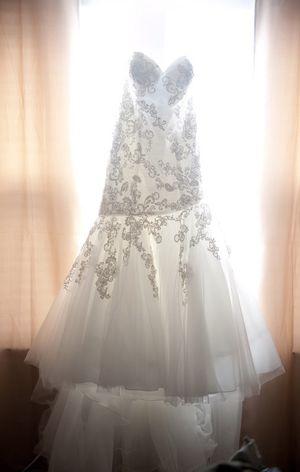 Allure wedding dress for Sale in Houston, TX