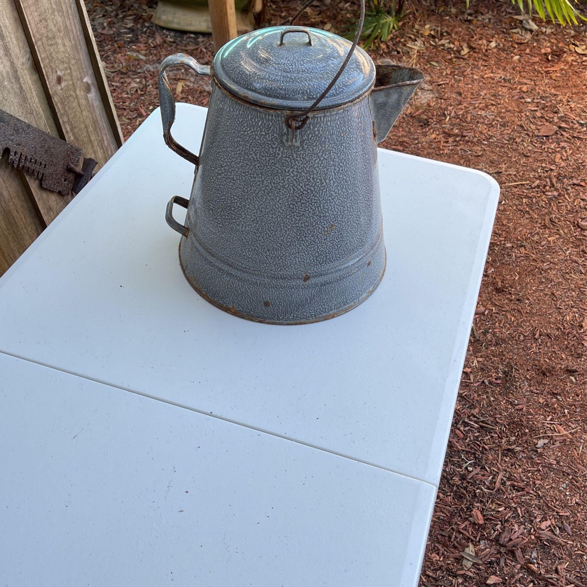 Camp Fire Old Coffee Pot Fair Shape