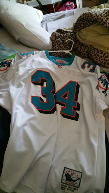 Ricky williams mitchell and ness size 52 xl jersey. Authentic for Sale ...