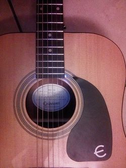 Epiphone pro-1 aucustin guitar Thumbnail