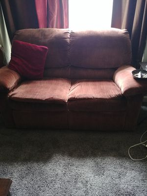 Excellent New And Used Couch For Sale In Bay City Mi Offerup Short Links Chair Design For Home Short Linksinfo