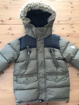 Gap Kids Boy's Warmest Down Parka Puffer Hooded Winter Jacket Coat Size 6-7 for Sale in Alexandria, VA