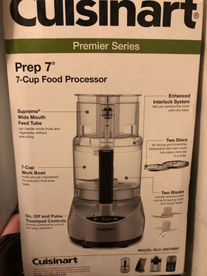Cuisinart 7-cup food processor for Sale in Damascus, MD