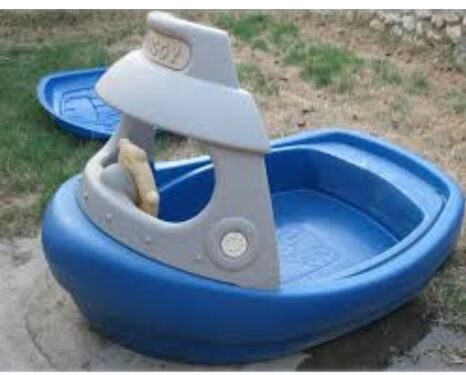 Little Tikes Step 2 Vintage Tuggy Tugboat Sandbox Splash