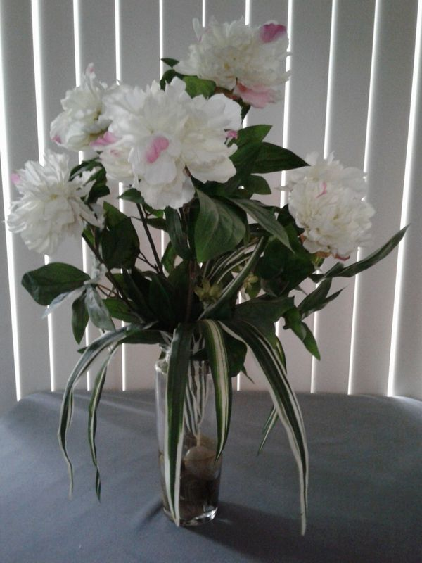 White peony flowers from target for sale in commerce city co offerup mightylinksfo