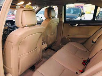 2013 Mercedes Benz C class Thumbnail
