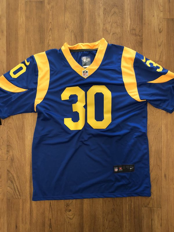 075807611 Todd Gurley Rams Jersey Men s Size Large for Sale in Kirkland