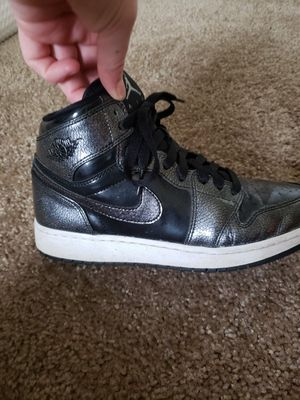 788016506b8b7b Jordan Airforce 1 s Metallic Grey Size 5 for Sale in Puyallup