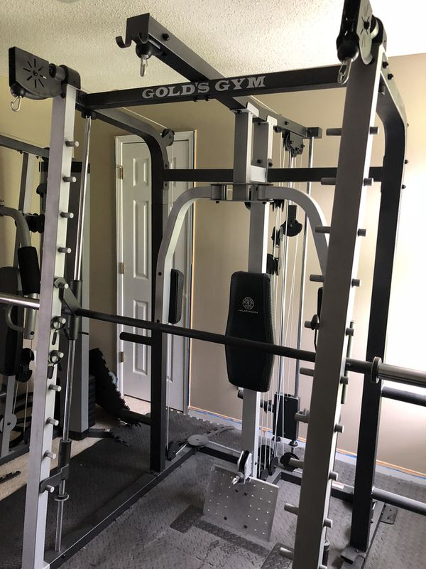 Like new gold s gym platinum home gym includes smith machine bench