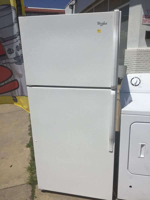 White Refrigerator Apartment Size (WHIRLPOOL) (Appliances) in ...