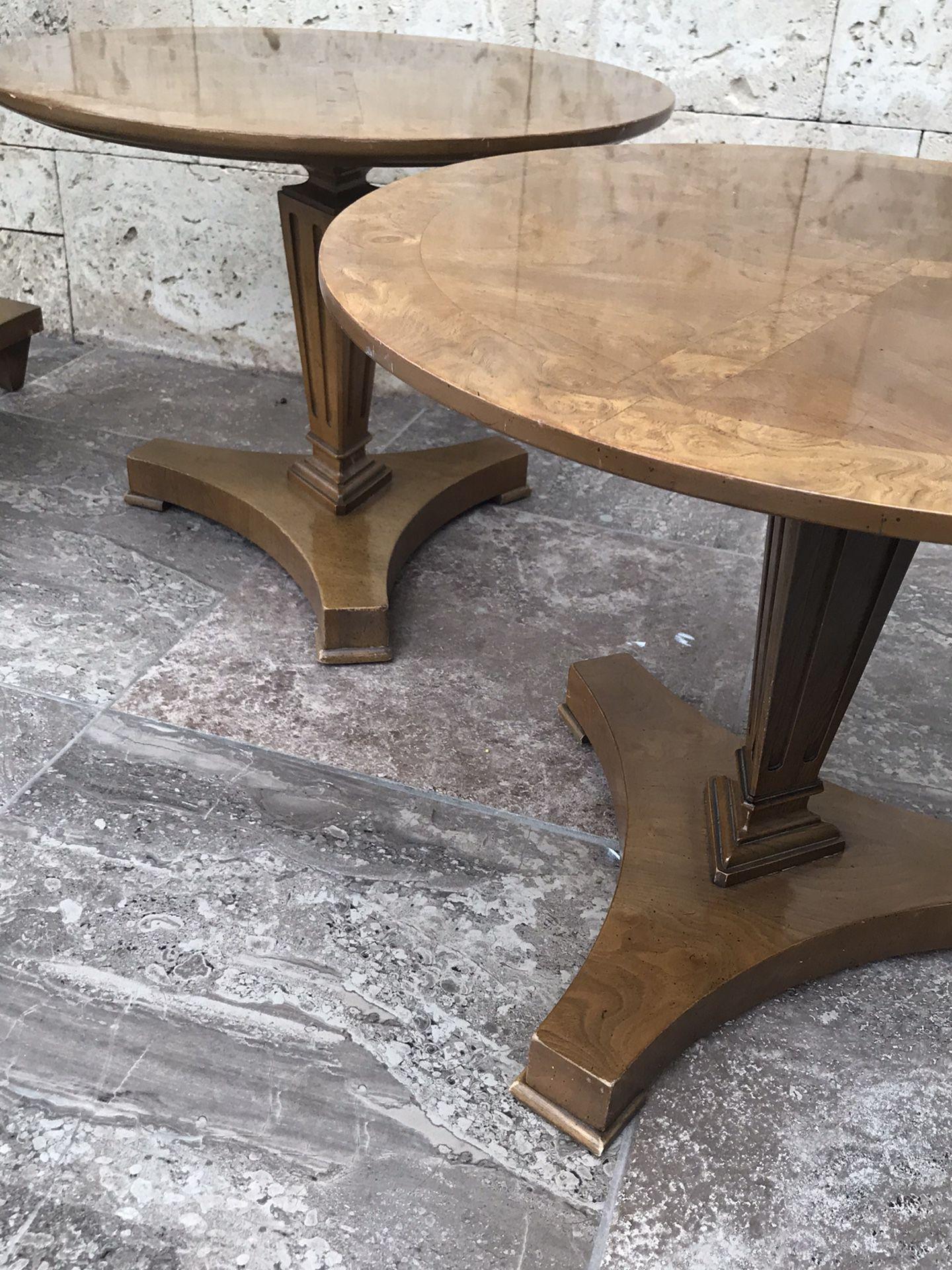 Mid Century - Vintage Beautiful 3 Piece Table Set