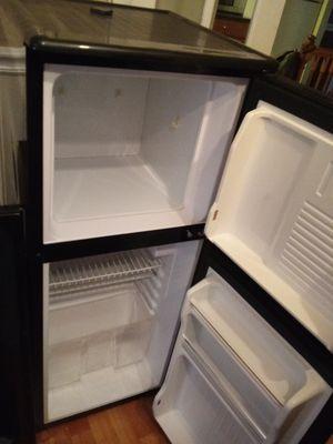Mini fridge for Sale in Darnestown, MD