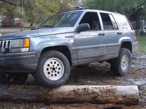 Photo 1995 jeep grand Cherokee 4x4 4.0L straight 6