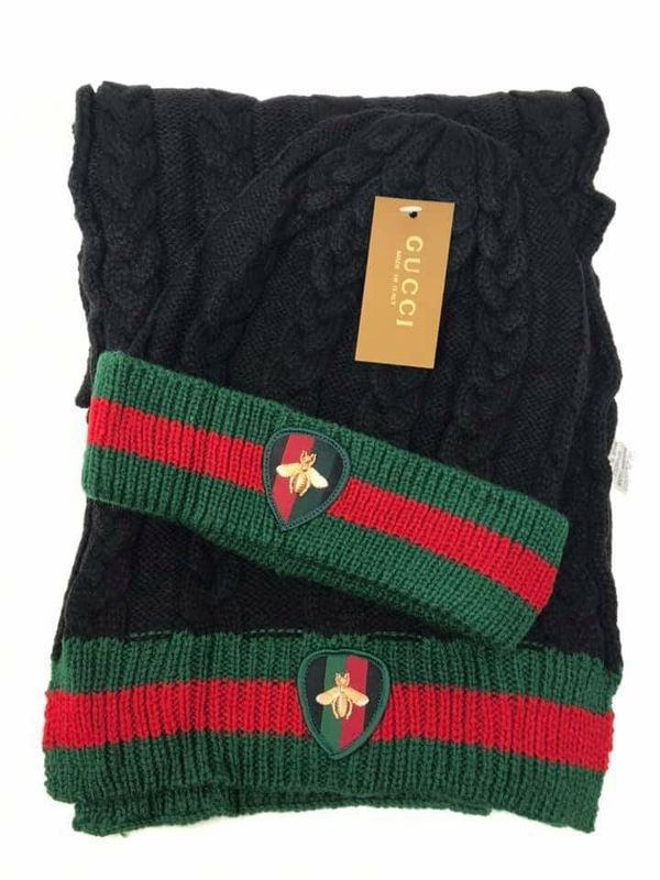f53dab5b9482a Gucci beanie scarf set new for Sale in Houston