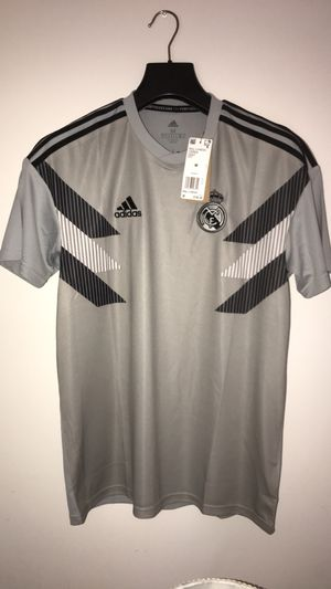 100% authentic REAL MADRID HOME PRE-MATCH JERSEY. Size Medium for Sale in Washington, DC