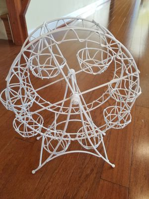 New White Circus/Carnival Ferris Wheel Cupcake Stand for Sale in Ashburn, VA