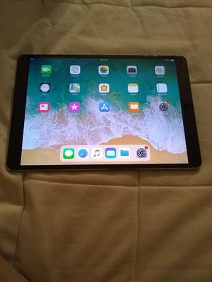 "iPad Pro 2nd gen 10.5"" 256GB Wi-Fi+Cellular for Sale in McLean, VA"