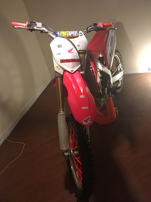2011 CRF 250R 🎁🎄🎅🏾 for Sale in Washington, DC