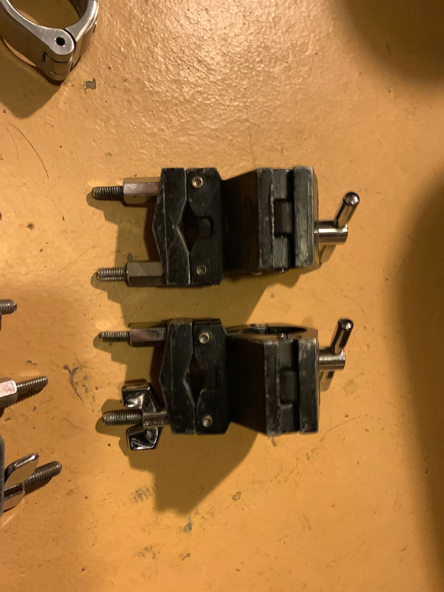 Gibraltar Road Series Drum Rack Right Angle Clamp and others