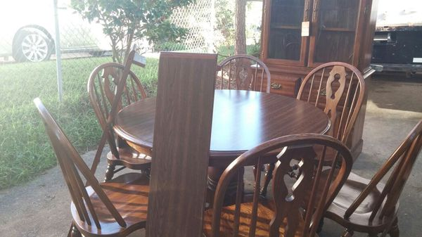Cochrane C E Wilderness Oak Table And Chairs For Sale In