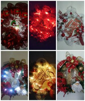 Christmas Wreaths battery light included $30 for Sale in Phoenix, AZ
