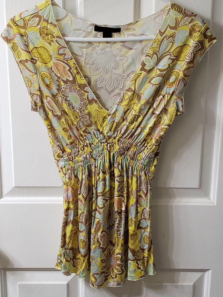 EXPRESS v-neck floral blouse