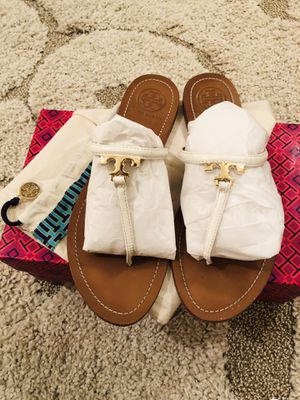 Tory Burch White T Logo Flat Thong Sandals for Sale in Manassas, VA