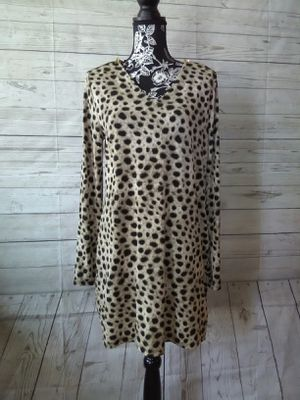 New Beautiful Michael Kors Tunic , women's size L ( New with tag ) for Sale in Frederick, MD
