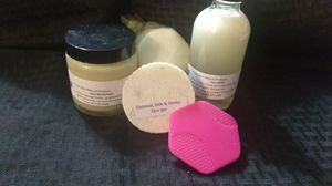 Face care gift set for Sale in Baltimore, MD