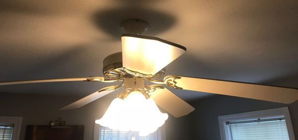 White Remote Controlled Ceiling Fan