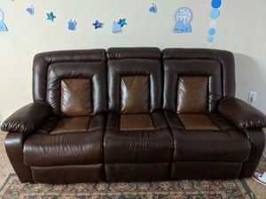Brand New 3 seat leather recliner sofa for Sale in NO POTOMAC, MD