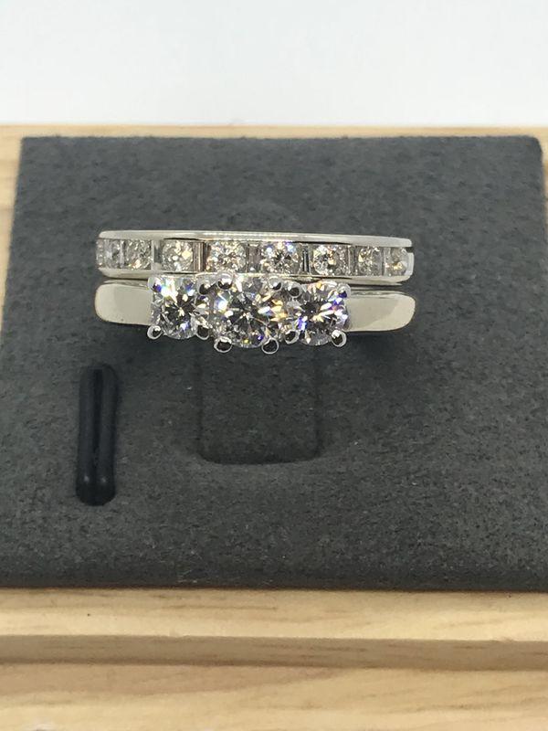 e7e1cc08f0b8 18K White Gold Diamond Ring