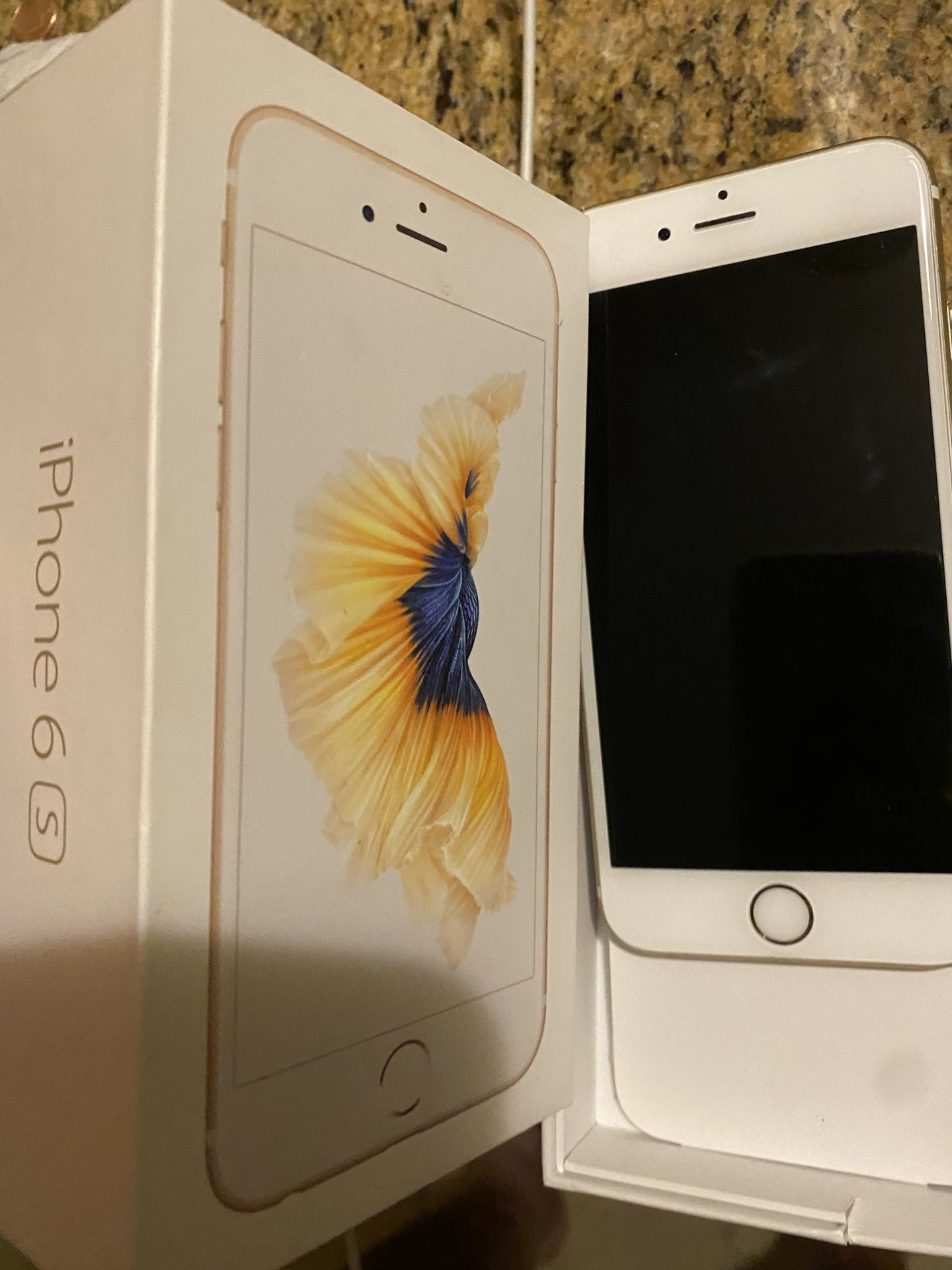 iPhone 6 s. Very clean , bought as a back up unit. Buy it for $130'and get $400 off new phone at t mobile