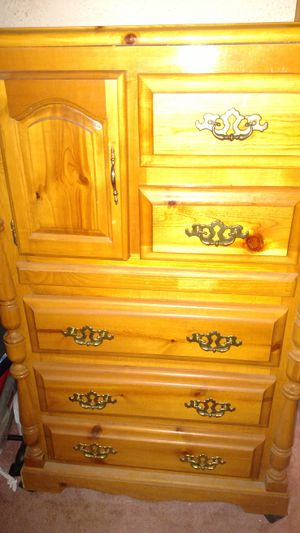 Dresser with Hutch and a Chest of Drawers for Sale in Fairfax, VA