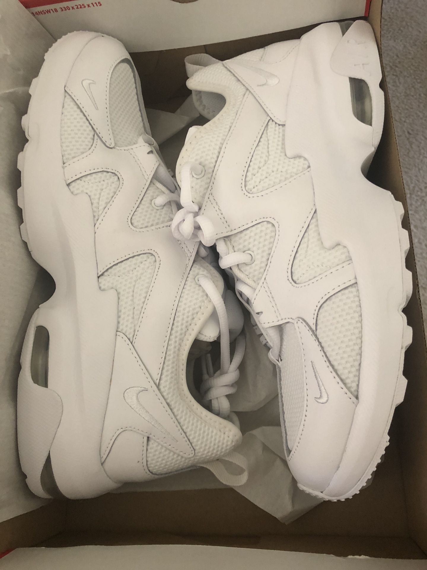 Nike Air Max Graviton size 10 men's