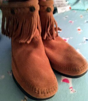 Minnetonka boots for Sale in Gaithersburg, MD