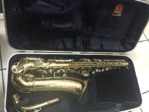Conn saxophone! With case for Sale in Orlando, FL
