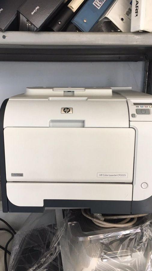 Hp color laserjet cp2025 color printer for Sale in Alhambra, CA - OfferUp