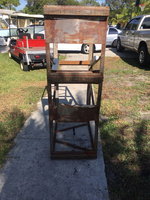 Heavy duty outboard engine mount (engine cradle) for Sale in Pompano Beach,  FL - OfferUp