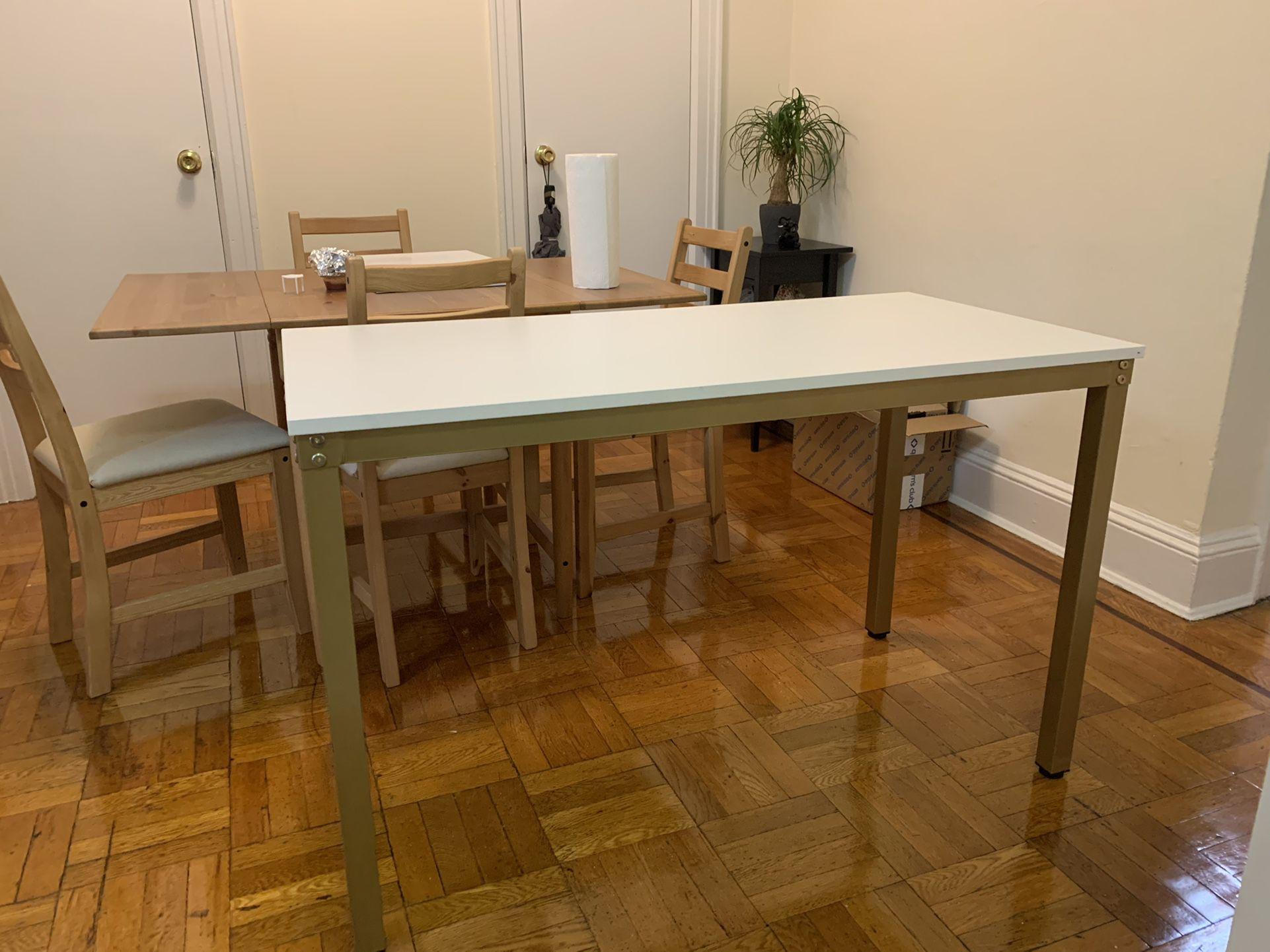 LIKE NEW WORK DESK TABLE