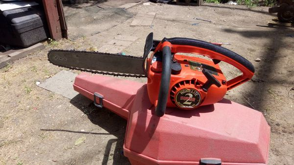 Homelite super 2 chainsaw $60\$80 with case for Sale in Fort Worth, TX -  OfferUp