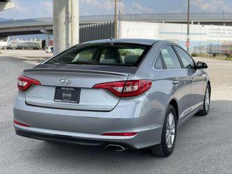 2015 Hyundai Sonata Thumbnail