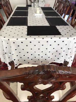 Dining table for Sale in Ashburn, VA