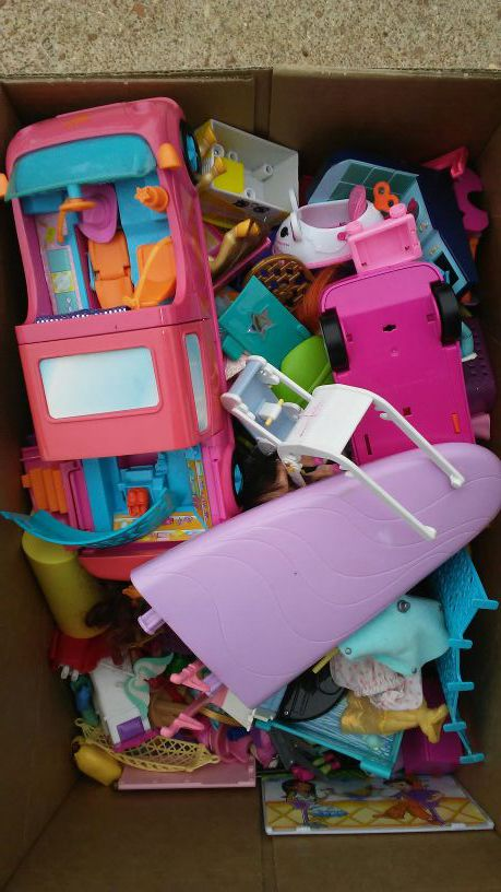 Polly Pockets For Sale: Box Of Polly Pockets And Accessories For Sale In Barnhart