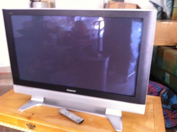 Panasonic Viera Th 42px50u 42 Hd Plasma Tv W Stand And Remote For